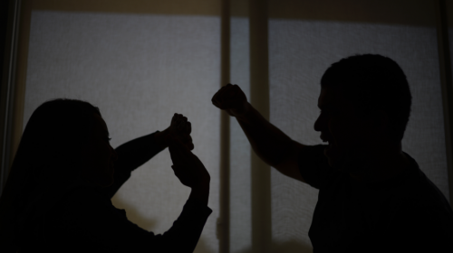 Los casos de violencia contra la mujer no disminuyen, aumentan