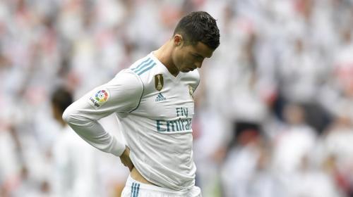 Real Madrid vence, con polémica, al Málaga