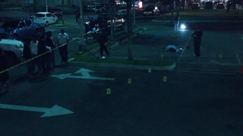 Así identificaron al joven que murió en el parqueo de centro comercial