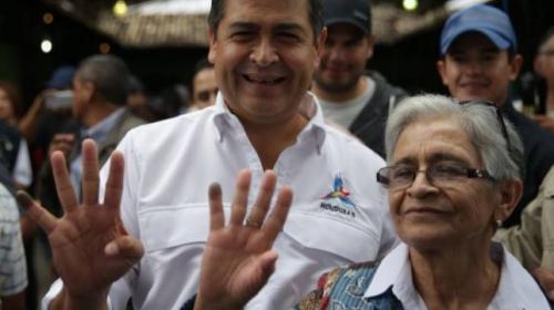 Presidente de Honduras está a un paso de lograr polémica reelección