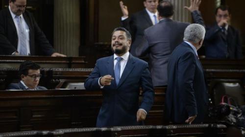 Javier Hernández organizó la reunión de diputados en Casa Presidencial