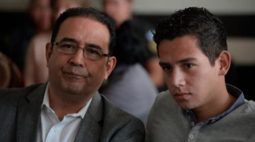Hijo y hermano del Presidente se librarán de juicio en las fiestas