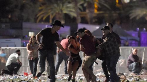 Matanza en Las Vegas deja 59 muertos en tiroteo más letal en EE.UU.