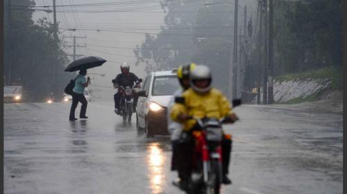 Dos sistemas de baja presión afectan Guatemala con más lluvias