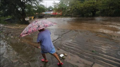 El huracán Nate se aleja de Centroamérica y se enfila hacia EE.UU.