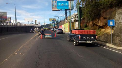 Bacheo complica tránsito en San Cristóbal y la ruta Interamericana