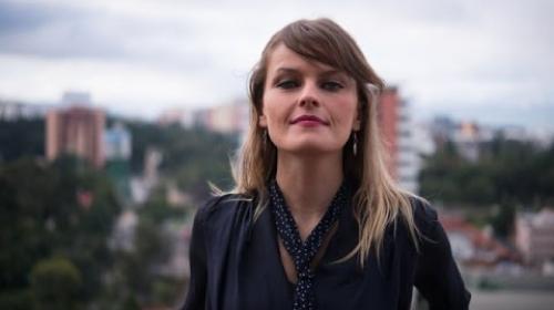 Sin licencia y con aliento a licor: Gloria Álvarez tuvo accidente