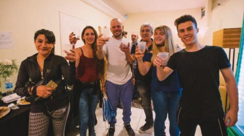 Residente invita a los guatemaltecos a tomar un ron con él