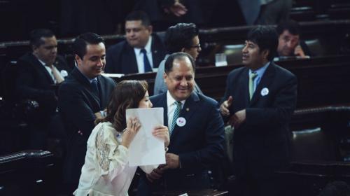 Alianza de diputados cumple lo pactado y elige a 15 magistrados