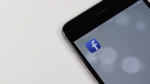 Puedes bloquear a quien quieras de Facebook, menos a estas personas