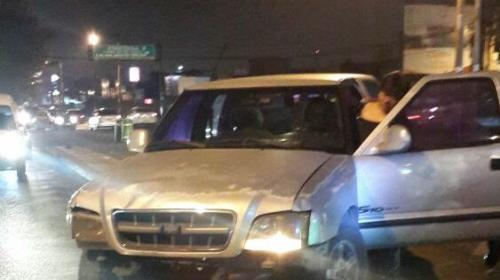 Conductor ebrio atropella a una agente de la PMT en Mixco