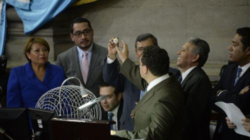 Esta es la comisión que conocerá el antejuicio contra Jimmy Morales