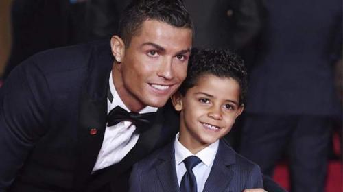 La elegante y ostentosa forma de vestir del hijo de Cristiano Ronaldo