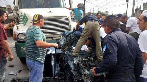 Aparatoso accidente genera complicaciones de tránsito en el Atlántico
