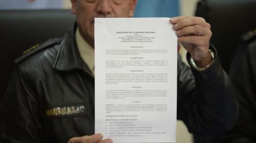 Este documento autorizó el bono de Q50 mil para Jimmy en el Ejército