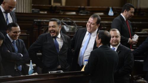Diputados se blindan y suavizan delitos electorales con sorpresiva ley
