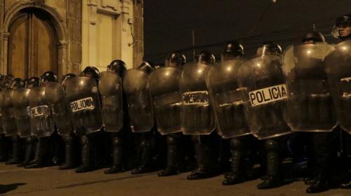 PNC asegura que no agredió a manifestantes en evacuación de diputados