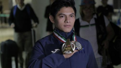 Jorge Vega regresa como campeón del mundo