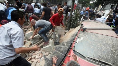 Mexicanos reviven trágica mañana de 1985 por otro terremoto