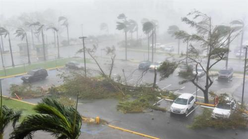 El huracán María tocó tierra en Puerto Rico destruyendo todo a su paso