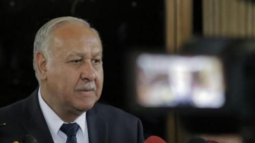 Ministro de Comunicaciones renuncia a su cargo