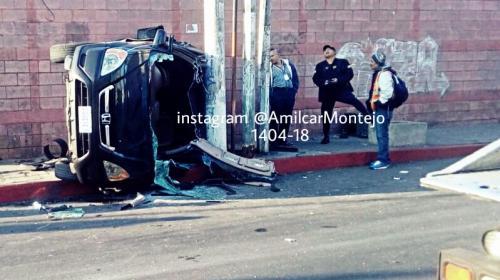 Aparatosos accidentes de tránsito dejan un muerto y dos heridos