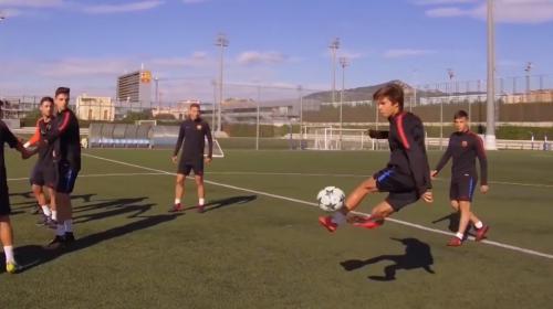 Los chicos de La Masía del Barcelona sorprenden al mundo con este reto