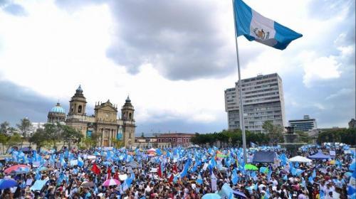 Convocan a #LaPLaza para pedir la renuncia de Jimmy Morales