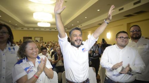 Javier Hernández es electo Secretario General de FCN-Nación