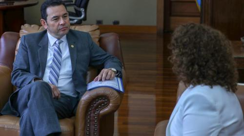 Jimmy Morales entrevista a los seis candidatos a Fiscal General