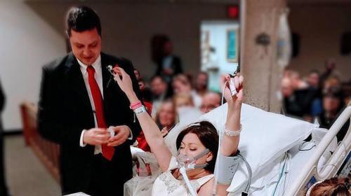 Joven enferma de cáncer muere horas después de contraer matrimonio