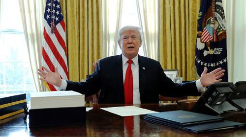 Trump dice que su botón nuclear es mayor que el de Corea del Norte