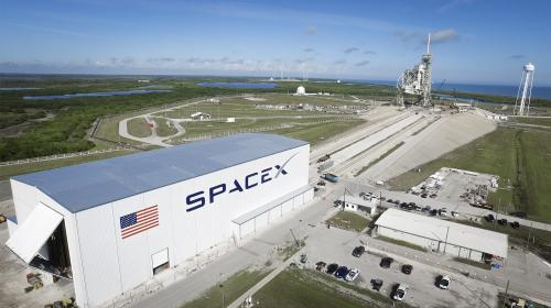 SpaceX lanzará satélite secreto para el gobierno de Estados Unidos