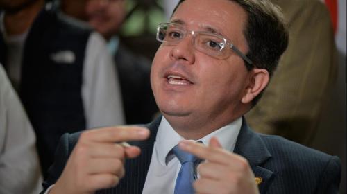 Ministro de Finanzas desmiente rumor sobre su renuncia