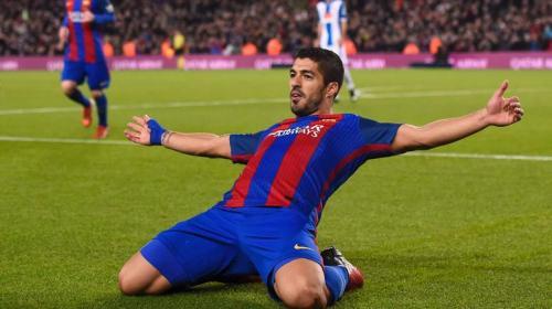 Luis Suárez supera a un histórico goleador del Barcelona