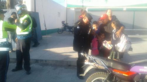 Detienen a motorista por agredir a PMT de Villa Nueva