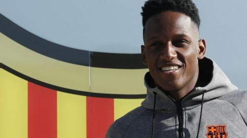 Así fue el primer encuentro de Yerry Mina con el plantel del Barcelona