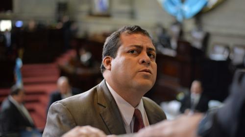 Detienen a diputado Julio Juárez