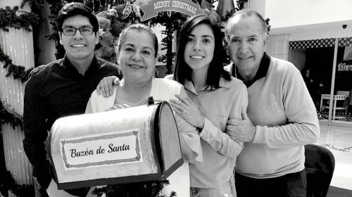 Ana Lucía Martínez retorna a Guatemala tras fallecimiento de su mamá