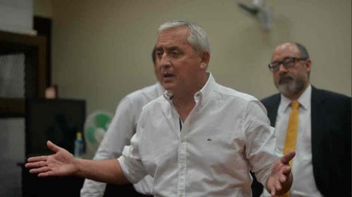 Otto Pérez pide dejar sin efecto resolución que lo envió a juicio