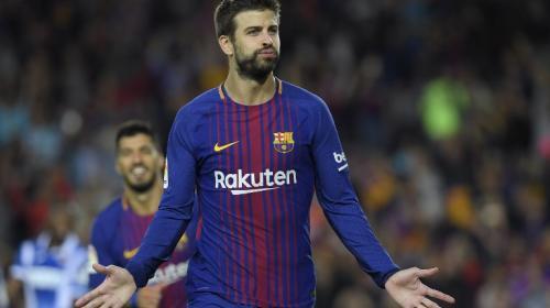 Gerard Piqué desmiente posible salida y renueva contrato con el Barça