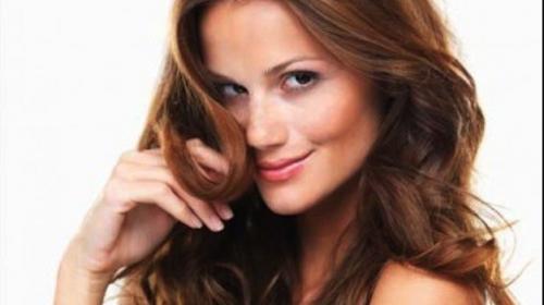 Ocho hábitos que debes evitar para que tu cabello luzca limpio