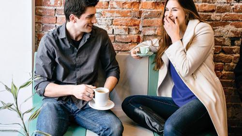 Este es el Top 5 de lo que nunca debes hacer en una primera cita