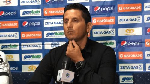 """González se queja de la afición: """"Todos se creen técnicos"""""""