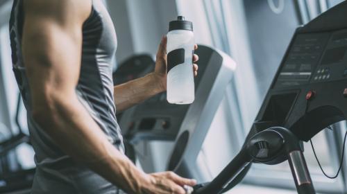 Los errores que no debes cometer en el gimnasio