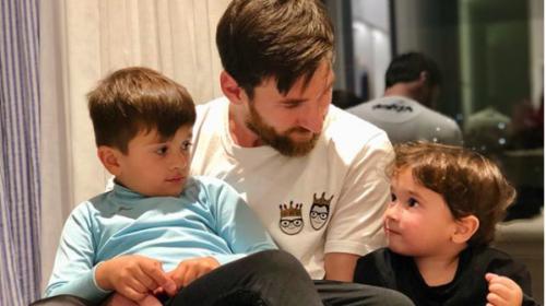 Lionel Messi publica fotos con sus hijos y enamora las redes sociales