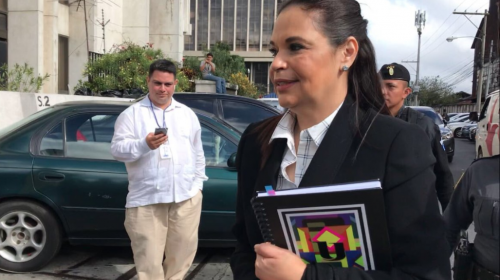 ¿Por qué llegó Roxana Baldetti a Tribunales?