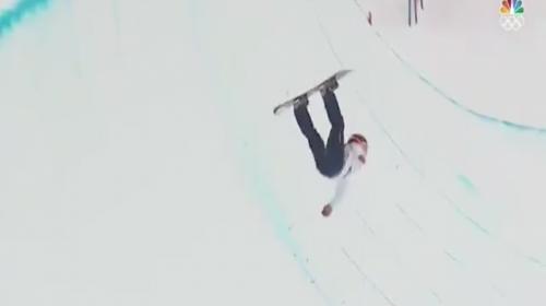 La espeluznante caída de un atleta en los Juegos Olímpicos de Invierno