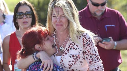 Entrenador muere por salvar a sus alumnos del tiroteo en Florida