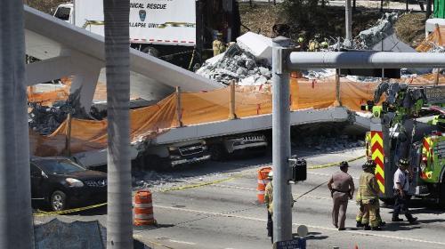 Estas son las dramáticas imágenes del puente colapsado en EE.UU.